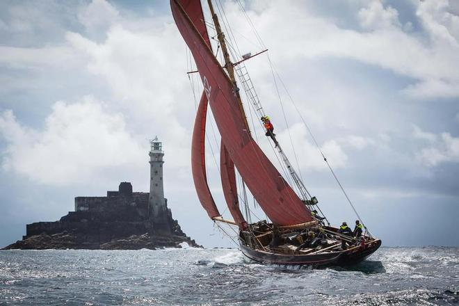 Jolie Brise at the Fastnet rock