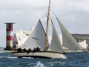 A record falls and the classics brave the 40 knot gusts
