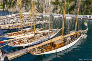 Mariette & Naema are Schooner winners in Capri