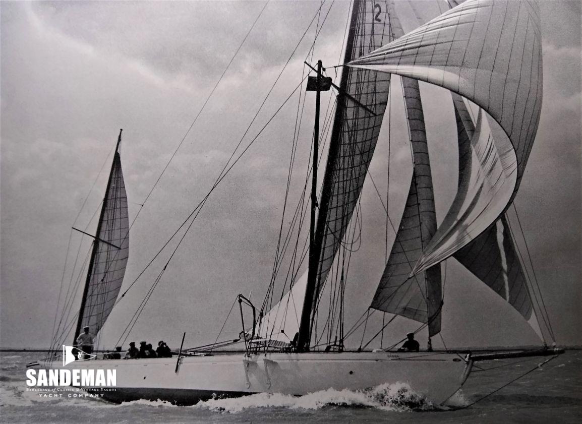 Cariba black and white photo